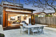 Campbell Grove, Hawthorn East, a Luxico Holiday Home