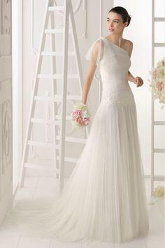 One Shoulder A Line Wedding Dress  http://www.blackfridaydresses.com/2014-One-Shoulder-Pleated-Bodice-A-Line-Wedding-Dress-Tulle-Court-Train-Beaded