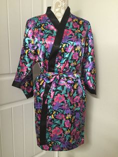 VICTORIAS SECRET VTG Robe Black Purple Floral Kimono Gold Label Lingerie Small #VictoriasSecret #Robes