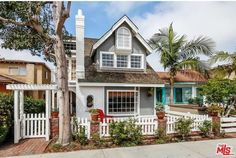 223 Diamond Ave, Newport Beach, CA 92662