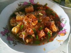 Taoto Tahu  ( tofu taoto ) Apang Jr Lapangan Sorogenen Pekalongan photo's courtesy @a_bag0ez Indonesian Food, Curry, Chicken, Ethnic Recipes, Curries, Indonesian Cuisine, Buffalo Chicken, Cubs
