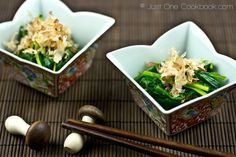 Spinach Ohitashi (Japanese Spinach Salad with Bonito Flakes) | Easy Japanese Recipes at JustOneCookbook.com