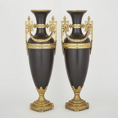 Large Pair of French Empire Style Patinated and Gilt Bronze Vases, 20th century, height 28