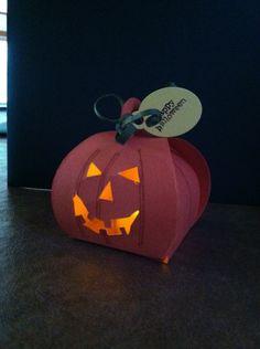 Curvy Keepsake Jack-O-Lantern