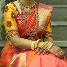 Looking for blouse design to wear with your wedding silk sarees? Here are 19 pretty blouse choices to try and make your special saree even more special. Silk Saree Blouse Designs, Bridal Blouse Designs, Silk Sarees, Patch Work Blouse Designs, Indian Blouse, Indian Wear, Blouse Styles, Stylish, Blouses