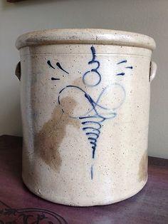 e 3 Gallon Bee Sting Lazy 8 Crock Salt Glazed Blue