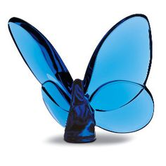 Beautiful baccarat butterfly in sapphire crystal. This would be so sweet for a baby's room I think. Butterfly Nail, Glass Butterfly, Glass Rocks, Glass Art, Baccarat Crystal, Glass Figurines, Glass Animals, Love Blue, Hand Blown Glass
