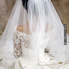 Love this - Beautiful Veil | CHECK OUT MORE IDEAS AT WEDDINGPINS.NET | #weddings #veils #weddingveils #weddingfashion #weddingplanning #coolideas #events #forweddings #weddingheadwear #romance #beauty #planners #weddinghats #headwear #eventplanners #weddingdress #weddingcake #brides #grooms #weddinginvitations