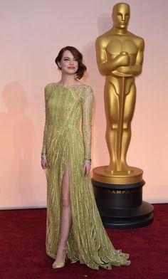 Seja bem-vinda ao red carpet do Oscar 2015: Emma Stone de Elie Saab