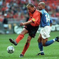 UEFA European Championship 2000.Dennis Bergkamp (Holland) v Luigi Di Biagio (Italy).©Juha Tamminen