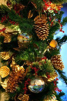 2011 White House Christmas Ornament, Santa Visits The White House | White  House Christmas Ornament, Christmas Ornament And Ornament