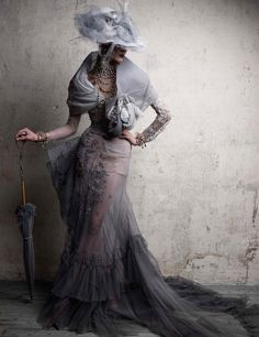 John Galliano for Christian Dior Haute Coture f/w 2005.(vintage couture feel). dior Late middle ages Headdress 'cote-hardie dagging'.