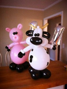 Pig and Cow out of balloons