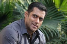 Salman Khan to watch Katrina's 'Fitoor' before its release?