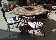 Muebles de jardin.Mesa de forja y mosaico. Modelo Madrid. www.fustaiferro.com