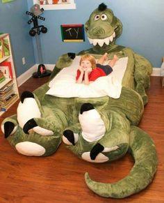 125 großartige Ideen zur Kinderzimmergestaltung - plüsch dinosaurier im kinderzimmer bett