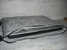 Laptop Sleeve LTS52 *SALE*