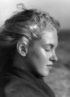 """Norma Jeane by Andre De Dienes, 1946. """