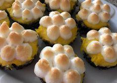 Mákos guba muffin | Reka receptje - Cookpad receptek Best Party Food, Guam, Sushi, Muffins, Deserts, Paleo, Ethnic Recipes, Food Ideas, Cupcakes