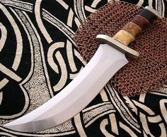 by Burnley Knives / Knife Pics