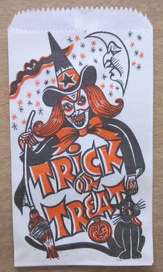 Here are some images of vintage Halloween treat bags that can be printed and added to plain white bags to spook them up a bit, just i. Retro Halloween, Vintage Halloween Images, Halloween Pictures, Easy Halloween, Holidays Halloween, Halloween Decorations, Paper Halloween, Halloween Stuff, Halloween Plates