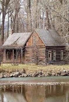 Cabins And Cottages: The perfect cabin in the perfect location Old Cabins, Lake Cabins, Log Cabin Homes, Cabins And Cottages, Rustic Cabins, Rustic Homes, Rustic Cottage, Cabin In The Woods, Cabins In The Mountains