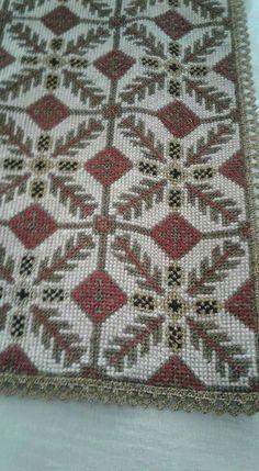 Beaded Embroidery, Cross Stitch Embroidery, Cross Stitch Patterns, Embroidery Designs, Stitch 2, Rug Hooking, Needlepoint, Needlework, Bohemian Rug