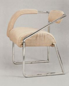 Eileen Gray • Non-Conformist Chair (1926-29)