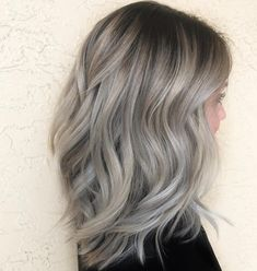 color grey blonde curls Trendy Ideas -Hair color grey blonde curls Trendy Ideas - 7 Hair Color Trends That Will Be Huge in 2019 - Health 33 Gorgeous Styles You Will Love More 476 Me gusta, 7 comentarios - james miju ( en In. Ash Grey Hair, Dark Blonde Hair Color, Ash Blonde Hair, Short Blonde, Blonde Curls, Grey Hair Dark Roots, Grey Ash Blonde, Curls Hair, Gray Hair Highlights