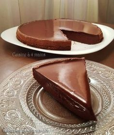 Le gâteau au chocolat et au mascarpone de Cyril Lignac est une merveilleuse gourmandise ! Fondant, mousseux, peu sucré et très savoureux, on peut difficilement faire mieux! Quand ma fille n…