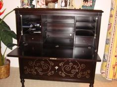 Items For Sale: Martha Stewart for Bernhardt Secretary Desk $900CI