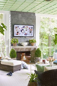 12 Clever Hidden TV Ideas - How to Hide a TV, According to Top Designers Cool Rooms, Great Rooms, Jardin Decor, Hidden Tv, Oak Panels, Tv In Bedroom, Bedroom Ideas, Amber Interiors, Outdoor Furniture Sets
