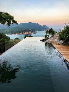 Ocean Pool Villa at the Amanoi - Vinh Hy Bay in Vietnam Hotel Swimming Pool, Cool Swimming Pools, Best Swimming, Swimming Pool Designs, Cool Pools, Hotel Pool, Piscine Diy, Travel Aesthetic, Beautiful Places