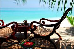 So partial to the West Indies beach style. the plantation chairs are to die for! West Indies Style, British West Indies, British Colonial Decor, Tropical Style, Tropical Paradise, Summer Paradise, I Love The Beach, Am Meer, Places