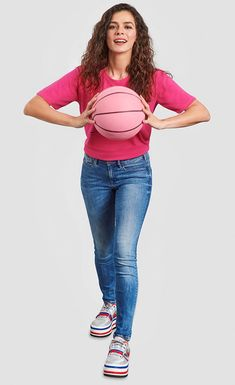 Turkish actress Özge Özpirinçci will throw the pink ball in the opening game of the EuroLeague season. Turkey's Anadolu Efes will clash against Zalgris Kaunas in the opening game in October Doll Face, Breast Cancer Awareness, Skinny Jeans, Actors, Asd, Pink, Denim, Sweet, Women