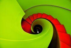 Stair et haut - Eric Forey Vinyl Storage, Stair Storage, Architecture Details, Interior Architecture, Stair Lift, Fibonacci Spiral, Minimal Photography, Design Research, Stairway To Heaven