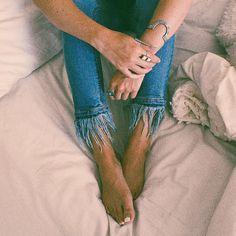 Stay in bed, online shop! @zoelaz in #the2bandits