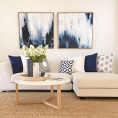 Inspiring Apartment Living Room Decorating Ideas Can Be Fun for Everyone - decoruntold Navy Living Rooms, Blue Living Room Decor, Blue Home Decor, Home Living Room, Apartment Living, Living Room Designs, Artwork For Home, Home Decor Quotes, Dream Decor