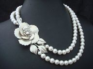flower and pearl necklace