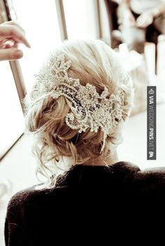 Half up wedding hair | Wedding Pins! A Collection of the Best Wedding Pinterest Pins Together in One Place!