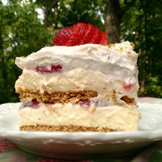 Strawberry Cream Cheese Icebox Cake @keyingredient #cake #cheese #cheesecake