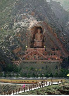 buddhism art - The Gigantic Maitreya Buddha of Xumishan Grottoes, China Beautiful Places To Travel, Wonderful Places, Beautiful World, Places Around The World, Around The Worlds, Buddha Temple, Buddha Buddhism, Maitreya Buddha, Ancient Ruins