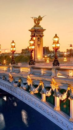 The Pont Alexandre III is one of the most elegant bridges in the City of Light, In Paris. Was built in 1900 for the world exhibition ~ A Pont Alexandre III az egyik legelegánsabb hid a fény városában, Párizsban. épült a világkiállításra. Places Around The World, Oh The Places You'll Go, Places To Travel, Places To Visit, Food Places, Paris Travel, France Travel, Travel Plane, France Europe