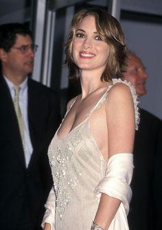 Winona Ryder http://www.imagozone.com/var/albums/vedete/Winona%20Ryder/2000/10/06/Winona%20Ryder45.jpg?m=1319188254