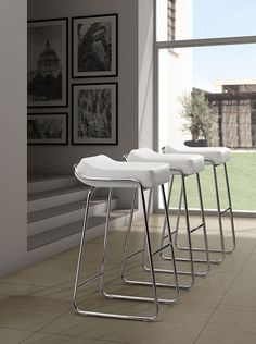 zuo modern 2013 zuo meubles de caf salle de repos tabourets wedge bar collection bella modern collections bar chair