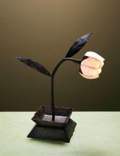 Single stem flower lamp