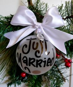 Just Married Christmas Ornament, Wedding Ornament, Just Married, First Christmas, Bride, Groom, Mr and Mrs, Christmas Ornament