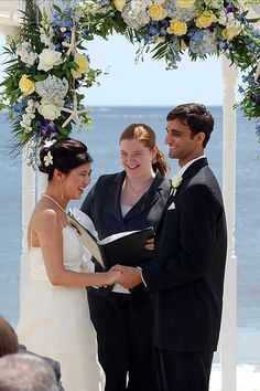 Wedding Ceremony 101: Crafting your own wedding ceremonies from scratch