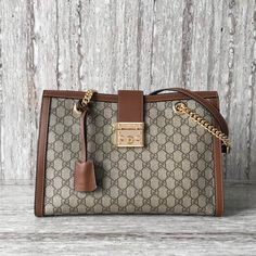 c027bb4c9f36 Gucci Padlock medium GG shoulder bag 479197 Brown 2017. Mossdavid · Gucci  Bags   Purses 2017 Collection
