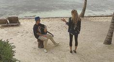 El cantante y la modelo se encuentran de vacaciones en México con un grupo de amigos, donde han realizado rappel y nadaron en un cenote, además de particip